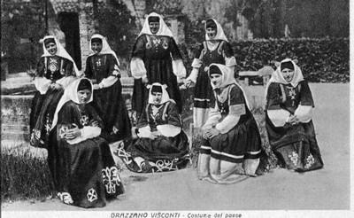 Donne in Costume