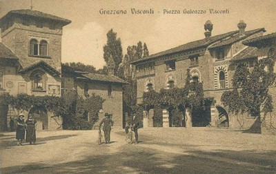 Piazza Gian Galeazzo Visconti